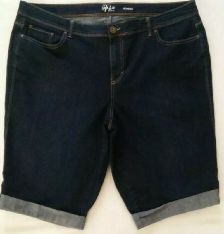 EUC WOMEN STYLE & CO CUFFED SKIMMER STRETCH DARK BLUE DENIM JEAN SHORTS PLUS 18W