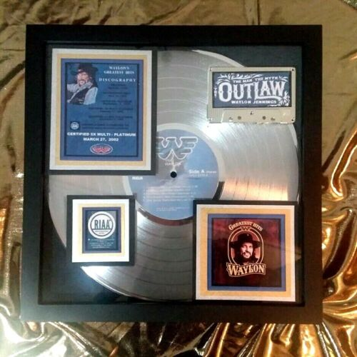 Waylon Jennings  - Original PLATINUM AWARD Greatest Hits (1979)