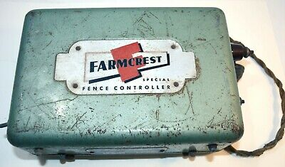 1945 Gambles Farmcrest Fence Controller Electric Fence Box Implement