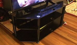 Tauris Ace TV Unit (glass) Carina Brisbane South East Preview