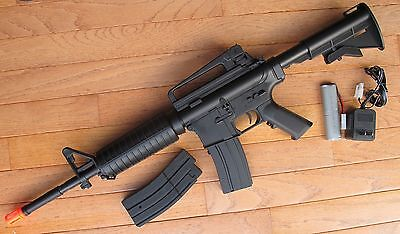 Well D94S M4A1 Carbine Style Auto Electric Airsoft Gun with Two Magazine Auto Electric Rifle Magazine