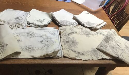 Lot Vintage Madeira Embroidered Cutwork Linens 42 pieces