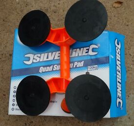 5 Silverline 633580 Quad Suction Pads each can lift 120kg. Used once to install windows.