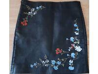 Corgi leather embroidered mini skirt