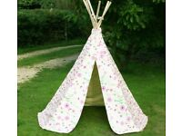 Kids flowers and butterfly teepee