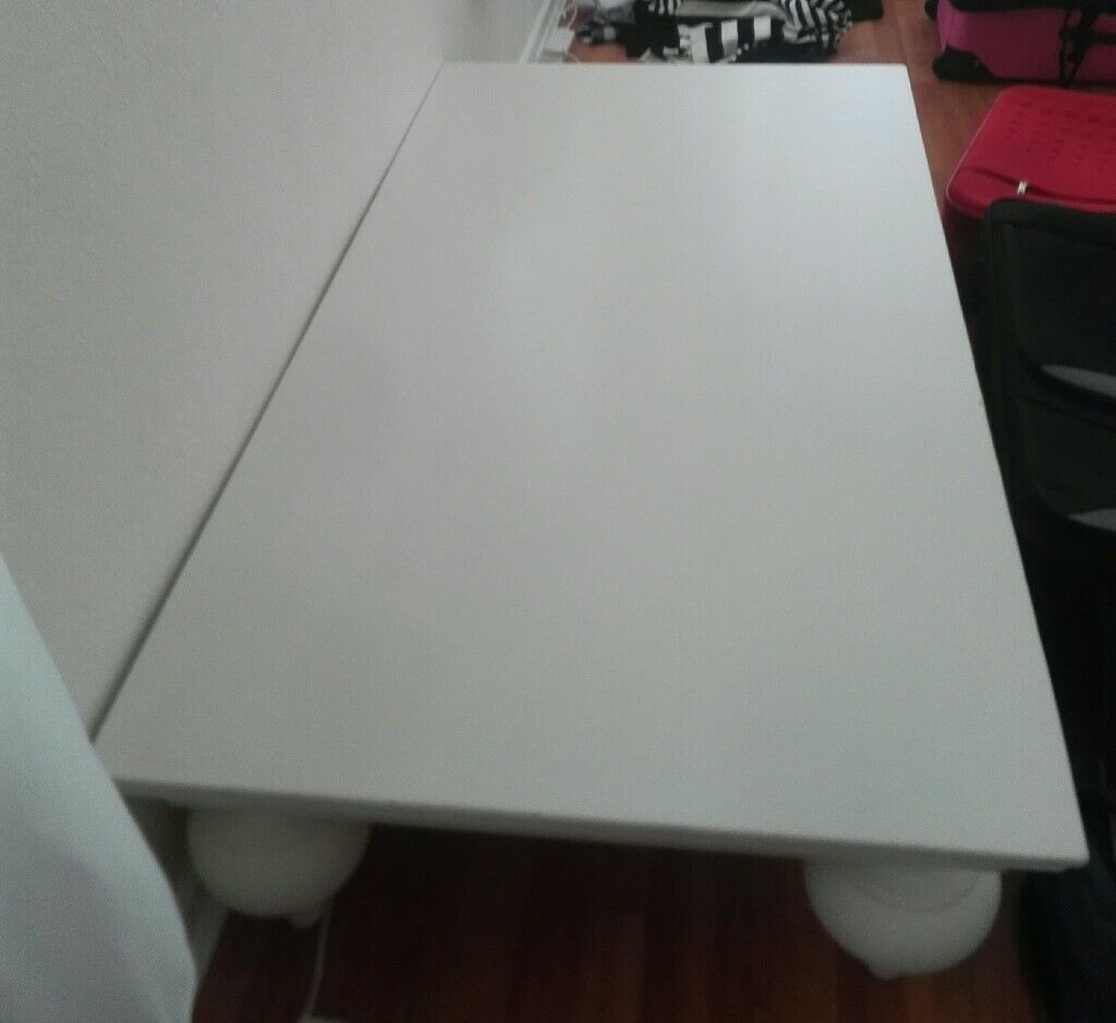Enjoyable Modern Coffee Table In Soft White Only 5 In Knutsford Cheshire Gumtree Home Interior And Landscaping Mentranervesignezvosmurscom