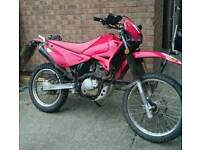 200cc Road Enduro Sinnis blade