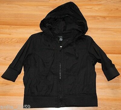 RUE21 sz M  SUPER CUTE BLACK Waist Length SHORT SLEEVE  HOODED Fashion JACKET