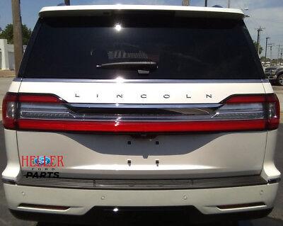 2018 Lincoln Navigator OEM Rear Reflector Assembly JL7Z-13A565-E