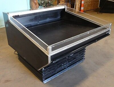 Barker Co. 50w Self-service Refrigerated Produce Deli Cold Case Merchandiser