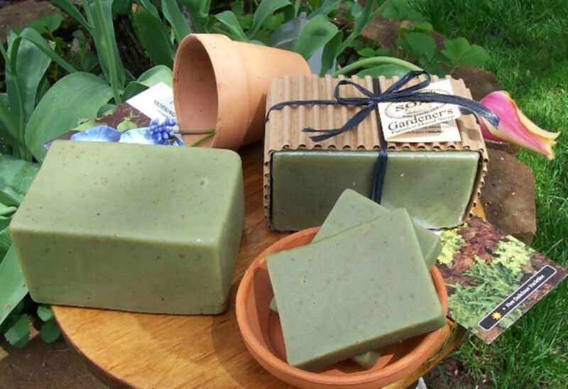 GARDENER'S & MECHANIC'S Deep Cleaning PUMICE HAND LOAF SOAP w/ Lemon, Oatmeal +