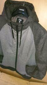 Mens coat winter jacket FSBN size L, barely worn!