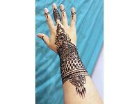 Henna designs artist