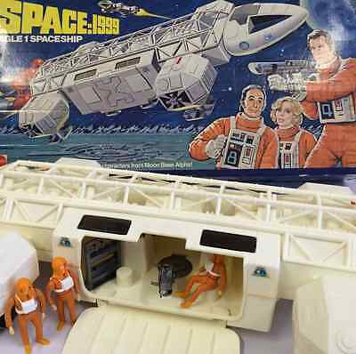 STAR TREK PROP* SPACE 1999 MATTEL EAGLE ONE 1 TRANSPORTER BOX FIGURES
