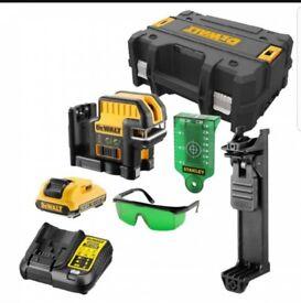 Dewalt DCE0825D1G 10.8V 2.0Ah 5 Spot Cross Line Green Laser-DCE0825D1G-GB makita