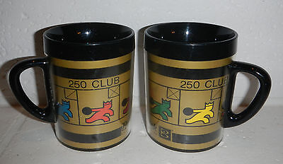 Lot Set Of 2 Vintage Thermoserv Brunswick Bowling Center 250 Club Coffee Mug Cup