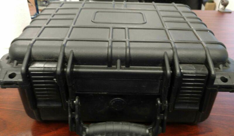 Tektronix WFM90D Handheld SDI/Analog Waveform Monitor