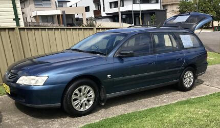 HOLDEN COMMODORE 2003 EXecutive