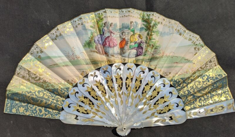 Fine Antique French 19th Century Pierced Gilded Mother of Pearl Hand Fan