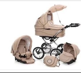 Pram As good as new condition in ilford