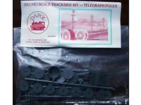 Dapol OO/HO Scale Trackside Kit - Telegraph Poles