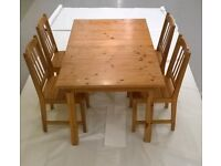 Oak Extending Dining Table with Four Oak Chairs