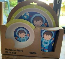The Earth 3 Piece Kids Plate And Bowl Set