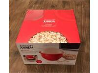 Joseph Joseph microwave popcorn maker