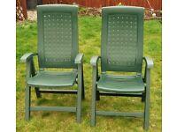 2 X Green Toughened Plastic Folding Patio / Garden Reclining / Recliner Chairs
