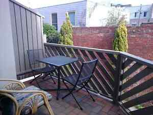 Single Bedroom in Carlton Townhouse Carlton Melbourne City Preview
