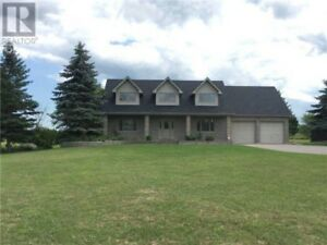 Beautiful 5 bedroom home in Port Perry 20 mins from Oshawa.