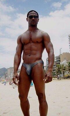 Shirtless Male Muscular African American Beach Hunk Speedo Suit PHOTO 4X6 D1182