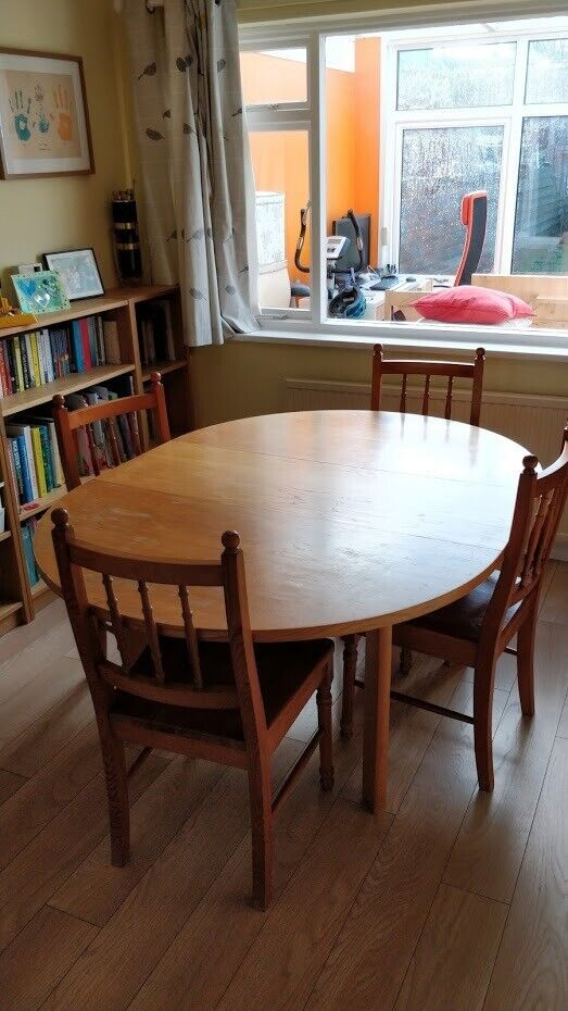 Expandable Round Dining Table In Currie Edinburgh Gumtree