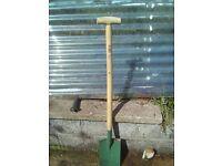 Spade - long handled - NEW Irvinestown, tenner.
