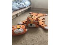 Tiger theme kids bedroom rug and pillow set