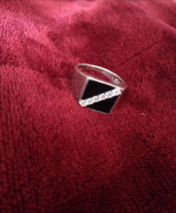 Men's silver ring  brand new onyx and crystal