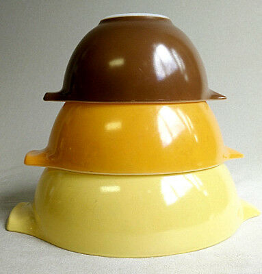 3 VTG Pyrex Solid Color Cinderella Mixing Bowl Set Autumn Fall Thanksgiving EUC ()