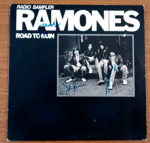 THE RAMONES - AUTOGRAPH by 4 SIGNED RADIO SAMPLER with BAS COA  RRSLP