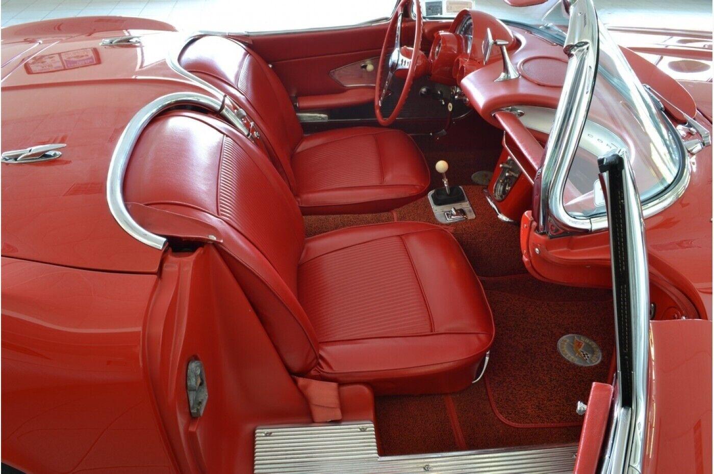 1961 Red Chevrolet Corvette   | C1 Corvette Photo 5