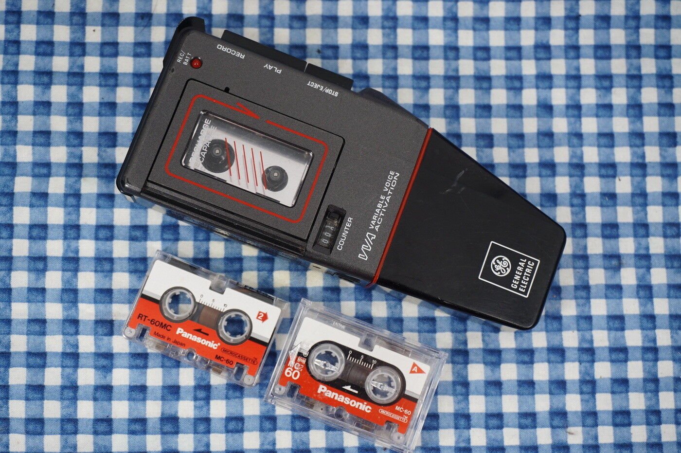 RARE General Electric GE 3-5336A Voice Activated Microcassette Recorder Retro