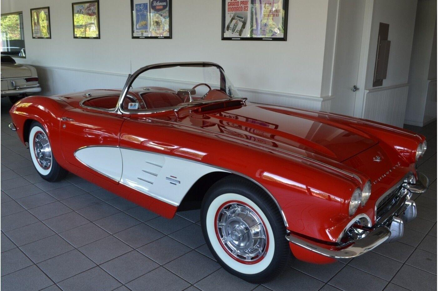 1961 Red Chevrolet Corvette   | C1 Corvette Photo 3