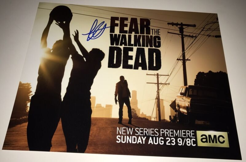 LORENZO HENRIE Signed FEAR THE WALKING DEAD 11x14 Photo In Person Autograph