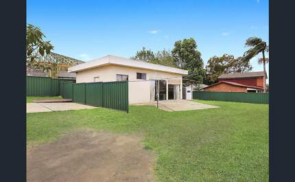 Granny flat in well serviced location