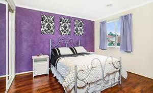 Roxburgh Park 2x Large bedrooms available for rent Roxburgh Park Hume Area Preview