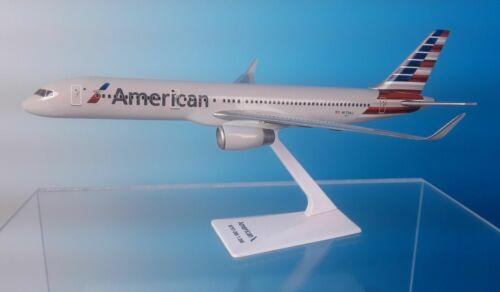 AMERICAN  AIRLINES , BOEING 757-200     2013 ---> DESK MODEL
