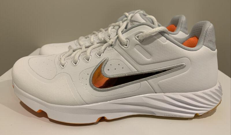 Nike Women's Alpha Huarache Elite 2 Turf Trainers Softball Shoes CJ9988-102 Sz 8