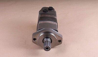 New 104-3261-006 Eaton Char-lynn Hydraulic Motor