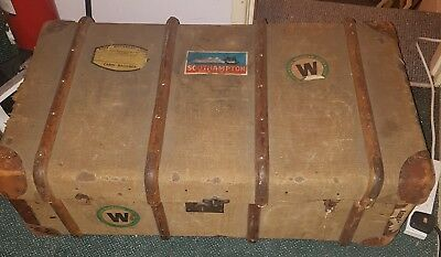 vintage steamer trunk coffee table storage suitcase reenactment antique canvas
