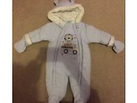 Baby snow suit never worn 0-3months