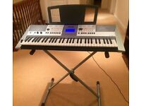 Yamaha keyboard PSR E413, 61 keys, 509 instrument voices, v good conditon. Includes stand